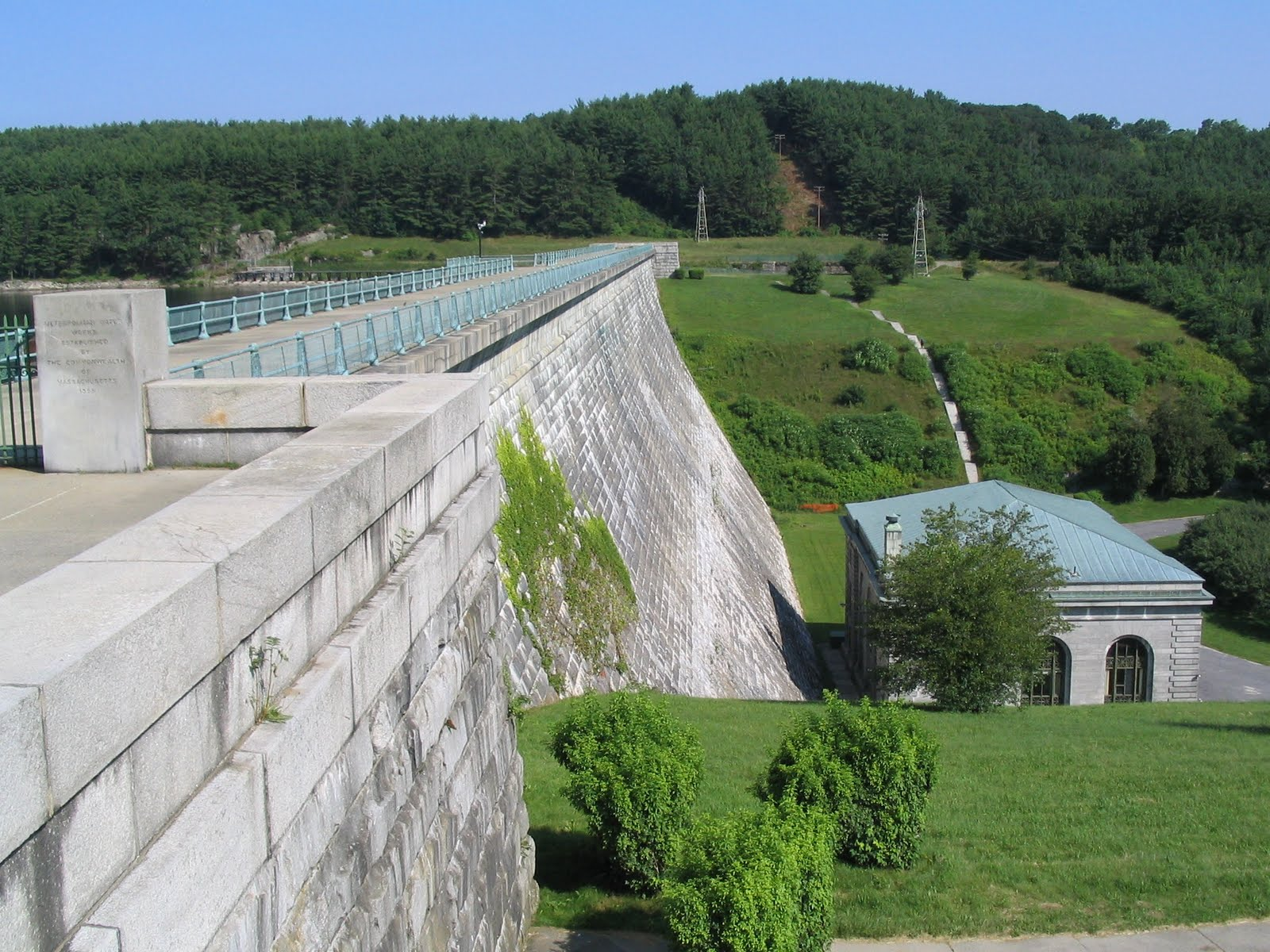 environmental impacts from dam construction An insight into the environmental politics of rivers  in today's highly charged climate of environmental  one of the major impacts of dam construction is the.