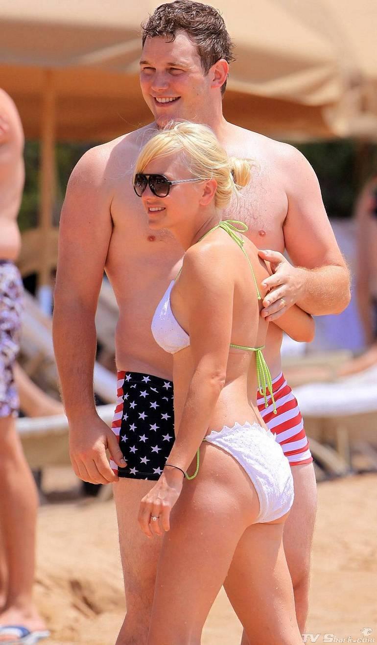 bikini Anna kay
