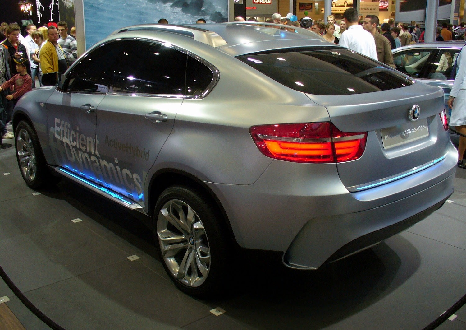BMW Concept X6 ActiveHybrid Full HD Wallpaper