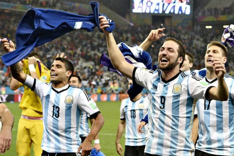 OLANDA BATTUTA AI RIGORI. ARGENTINA IN FINALE CONTRO LA GERMANIA.