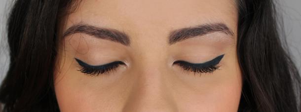 diy blue eyeliner mac mixing medium illamasqua