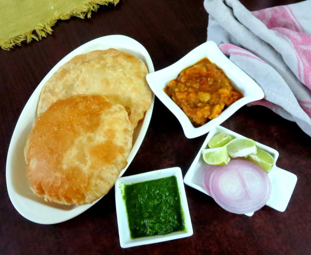 bhidai / atta dal kachori, dhaniya chutney, aloo ki jhol from madhya pradesh