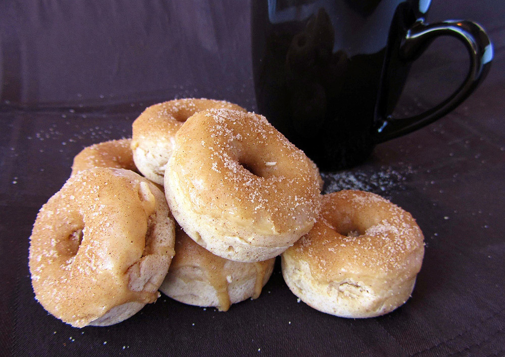 mini french toast doughnuts