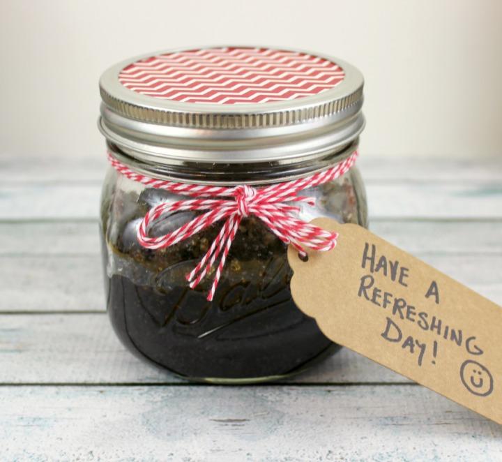 DIY Coca-Cola scented Body Scrub Tutorial decorate jar