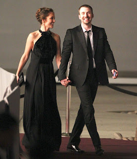 Minka Kelly and Chris Evans