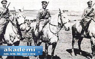Birinci Dünya Savaşı sonrası dağıtılan Yahudi Lejyonu yerine  Filistin'deki İngiliz Ordusu içinde kurulan  İlk Yudealar (First Judeans) isimli Yahudi Lejyonu.