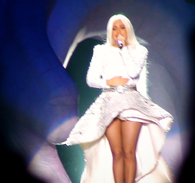 lady gga live 2014