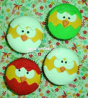 Pintinhos decorando cupcake