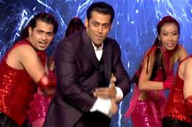 Bigg Boss 9 Opening Ceremony Live Performance and First Episode