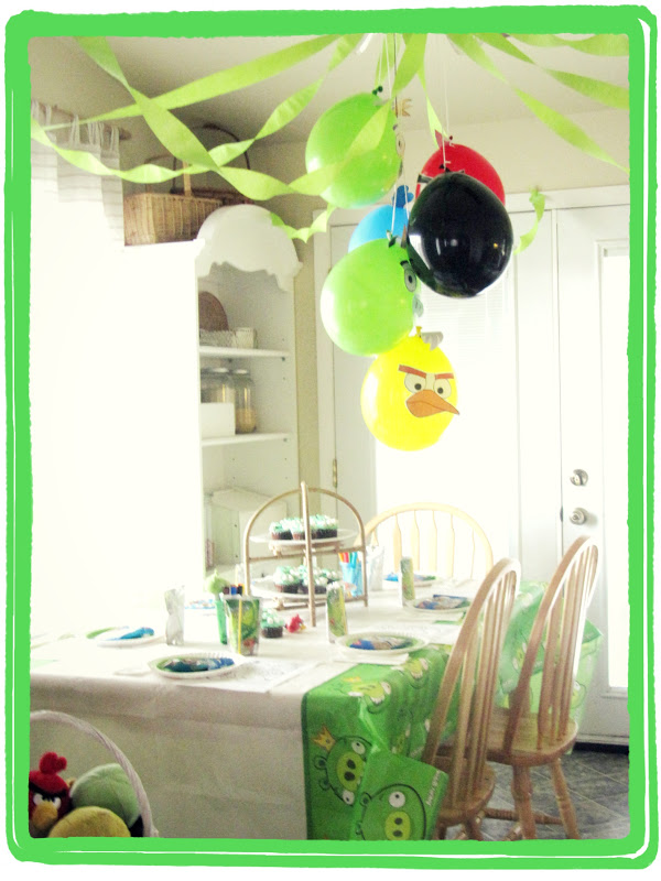 angry birds birthday party the wicker house. Black Bedroom Furniture Sets. Home Design Ideas