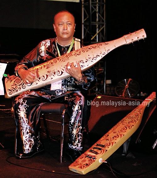 Sarawak Sape Musician