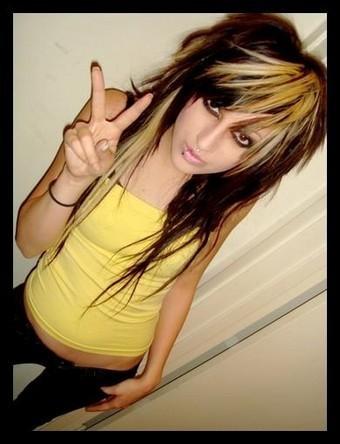 Short Hair Emo Styles Girls.