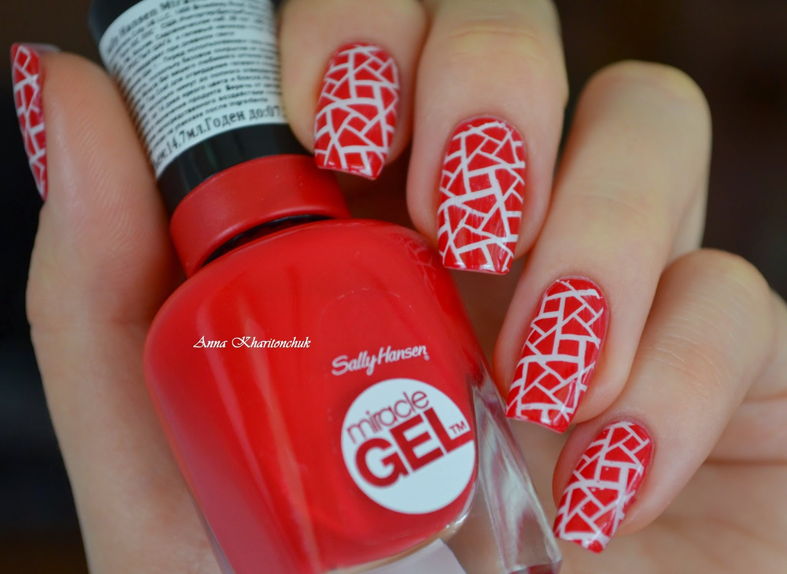 Sally Hansen Miracle Gel # 470 Red Eye и стемпинг с пластиной BP-L 003