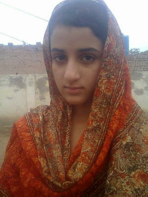 Beauty Of Pakistani Local Villages Girls In Photos