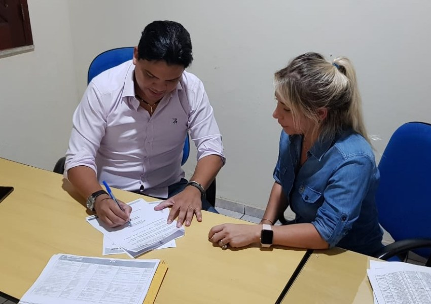 PREFEITO JOÃO LUCIANO LANÇA CONCURSO DE AGENTES COMUNITÁRIOS DE SAÚDE NO MUNICÍPIO DE PINHEIRO - MA