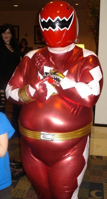 Power Ranger embutido, cosplay fail