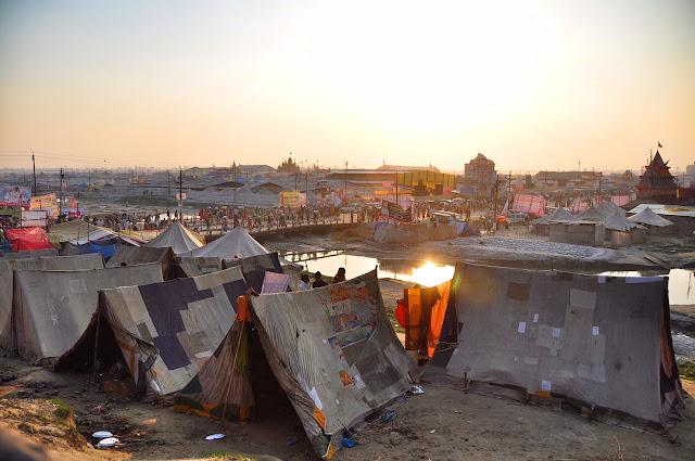 Kumbh mela 2013 ganga allahabad tent morning