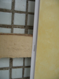 Крепление пластиковых панелей к деревянным лагам
