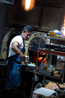 用平地人聽得懂的語言說故事:新派原住民燒烤餐廳AKAME
