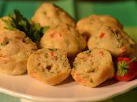 Muffin Salgado com Alho-Poró, Pimentão e Azeitona (vegana)