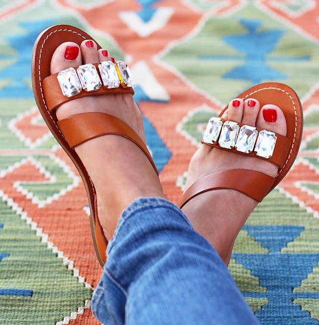 Unas sandalias con abalorios para el verano