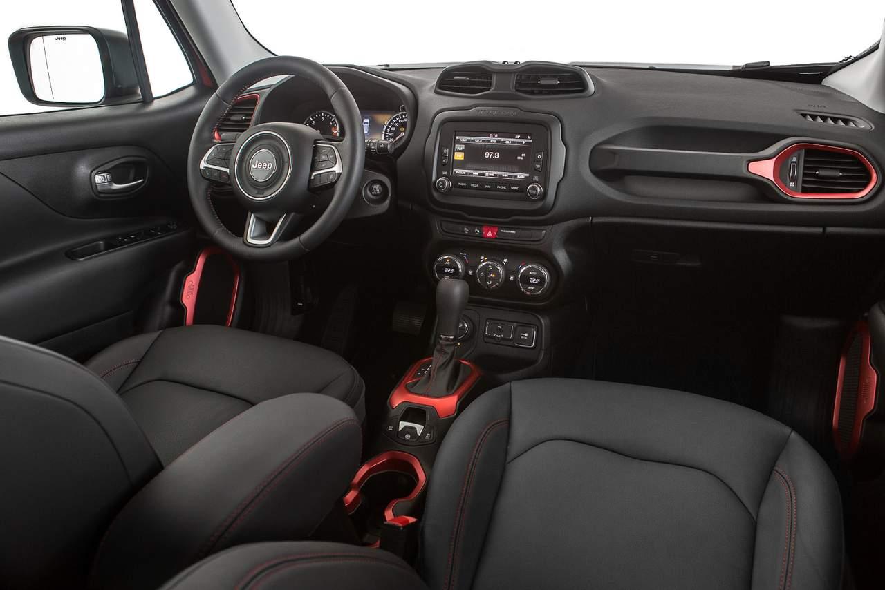 Jeep Renegade - Brasil - interior