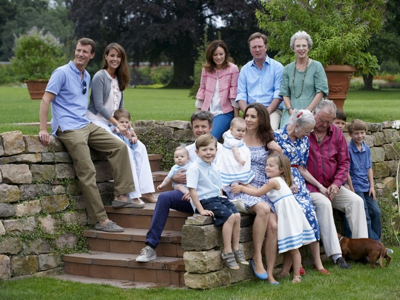 nobel profile danish royal family vacation in graasten
