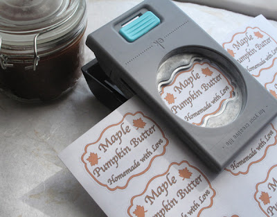 DIY fancy labels, free Maple Pumpkin Butter printable sheet