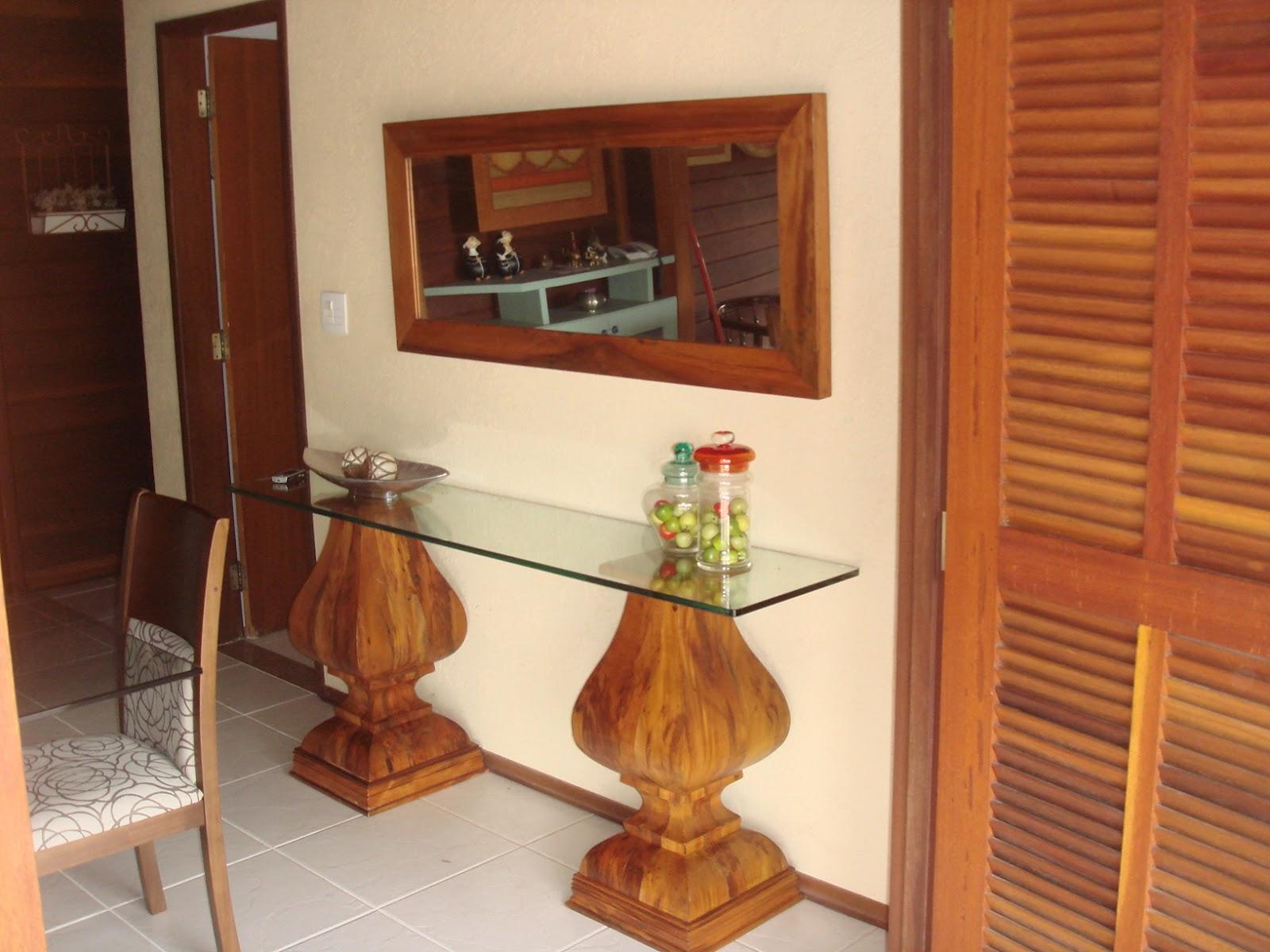 Aparador com tampo de vidro e moldura de espelho em madeira de peroba #BA7E11 1600x1200