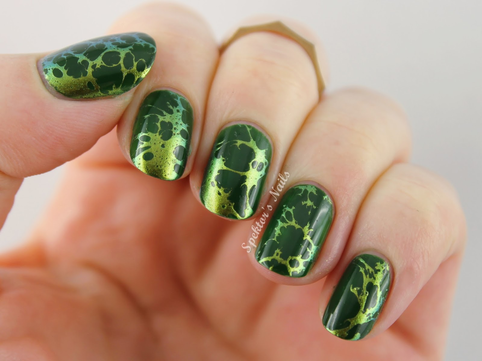 Waterspotted Nails - Tutorial