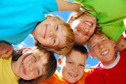 CÓMO EDUCAR NIÑOS MÁS FELICES ni os felices grupo