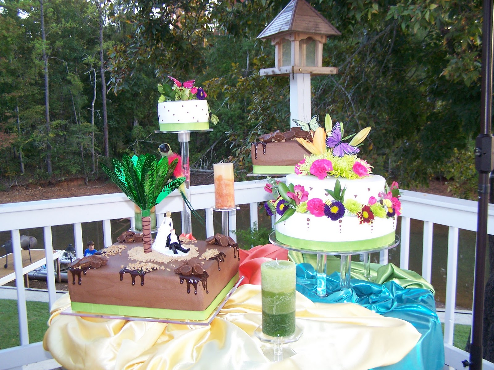 Decorating Tips Tricks and Ideas Tropical Wedding Cakes