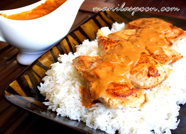 This recipe for Chicken Breasts in Paprika Sauce is truly yummy, pretty easy and perfect for a weeknight family dinner! | manilaspoon.com