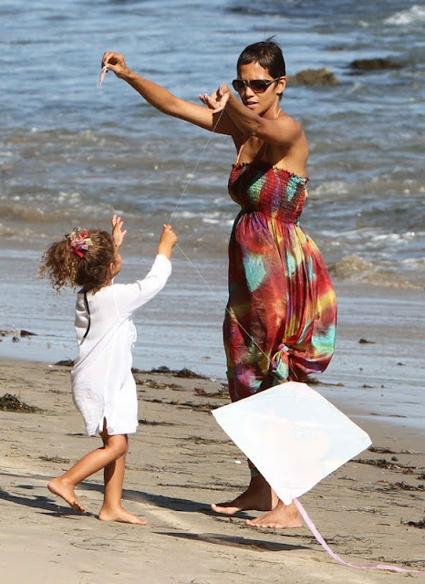 Halle Berry and Her Daughter at The Beach in Malibu