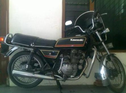 Kawasaki KZ -- 200 Binter