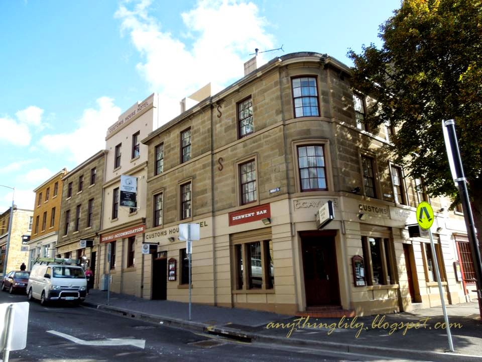 anythinglily customs house hotel hobart review and photos. Black Bedroom Furniture Sets. Home Design Ideas