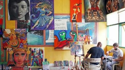 Artist Ben Quilty (r) and Myuran Sukumaran (l) in Kerobokan Prison's painting workshop, Bali, Indonesia.