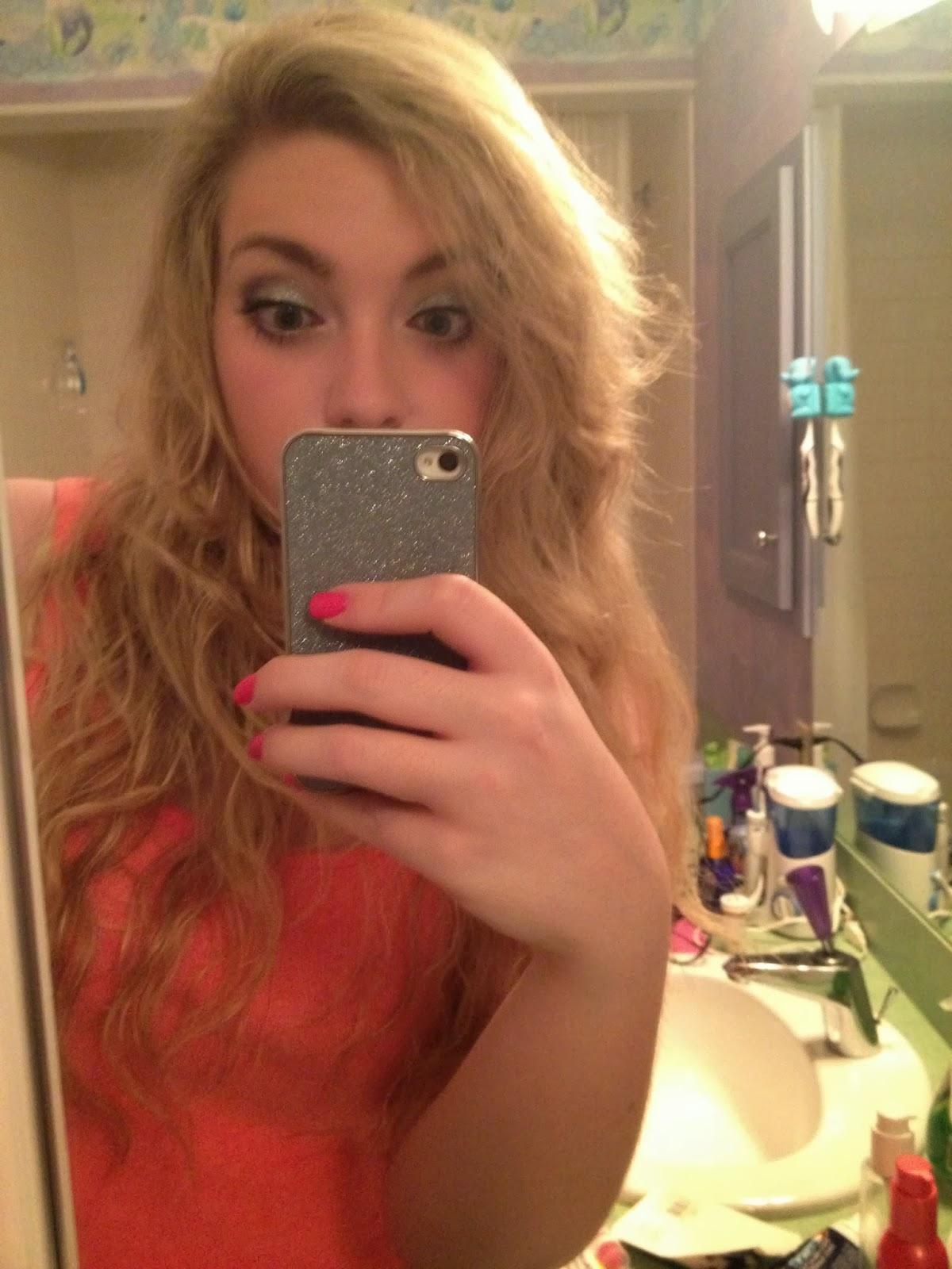 selfies Girl bathroom