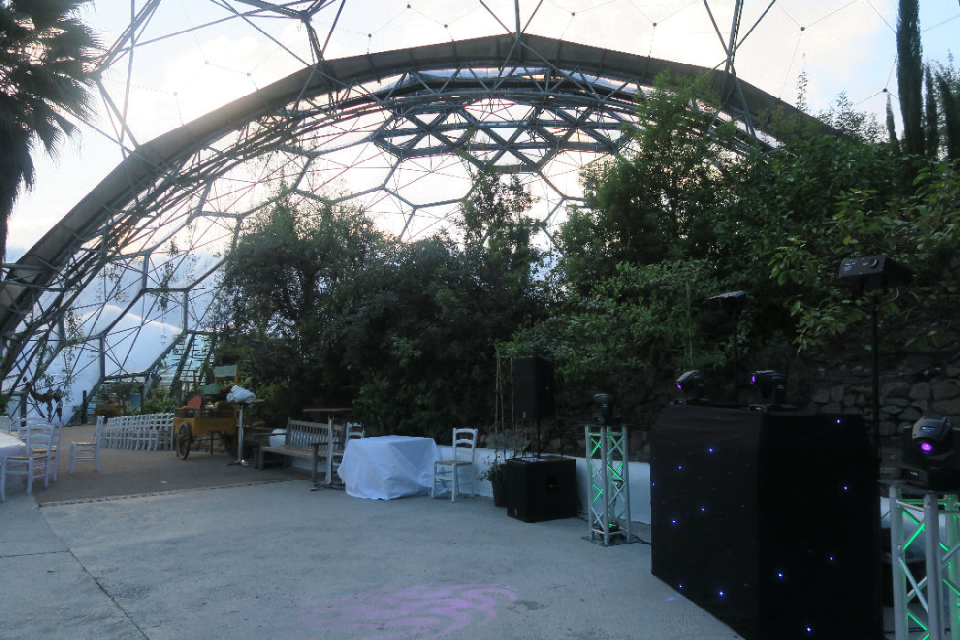 SoundONE Disco Cornwall's Leading Mobile DJ and Video Disco