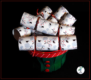 "Christmas Crackers with chocolate - ""Winter Birds"" design"