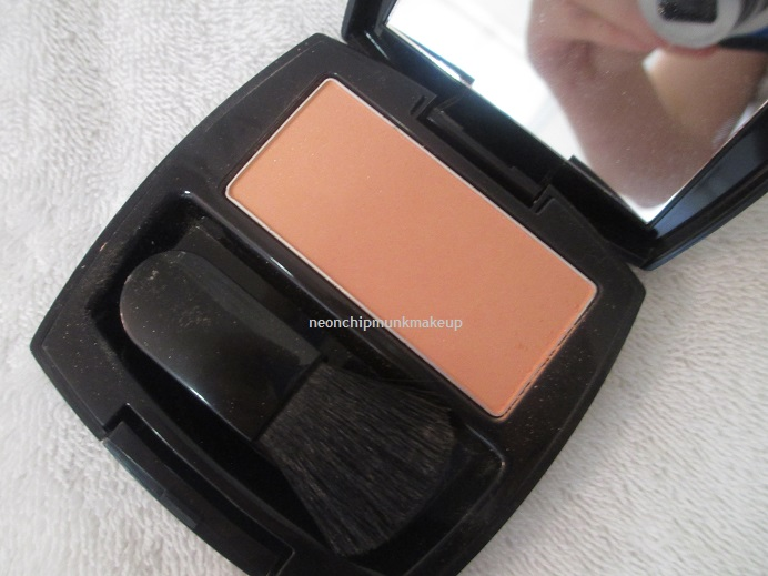 Neon Chipmunk: Avon Coral Radiance Ideal Luminous Blush Review