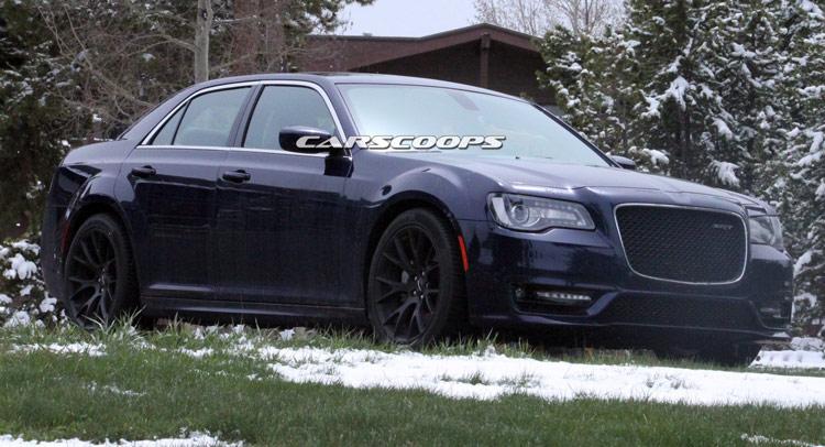 Chrysler 300 Hellcat >> U Spy Chrysler Testing Facelifted 300 SRT8 In The U.S.
