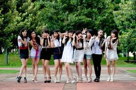FOTO DAN VIDEO CHERRY BELLE DILEMA