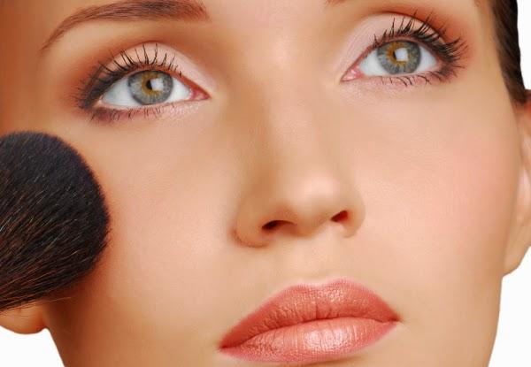 Perhatikan dan Kenali Makeup Wajah, Bibir dan Mata