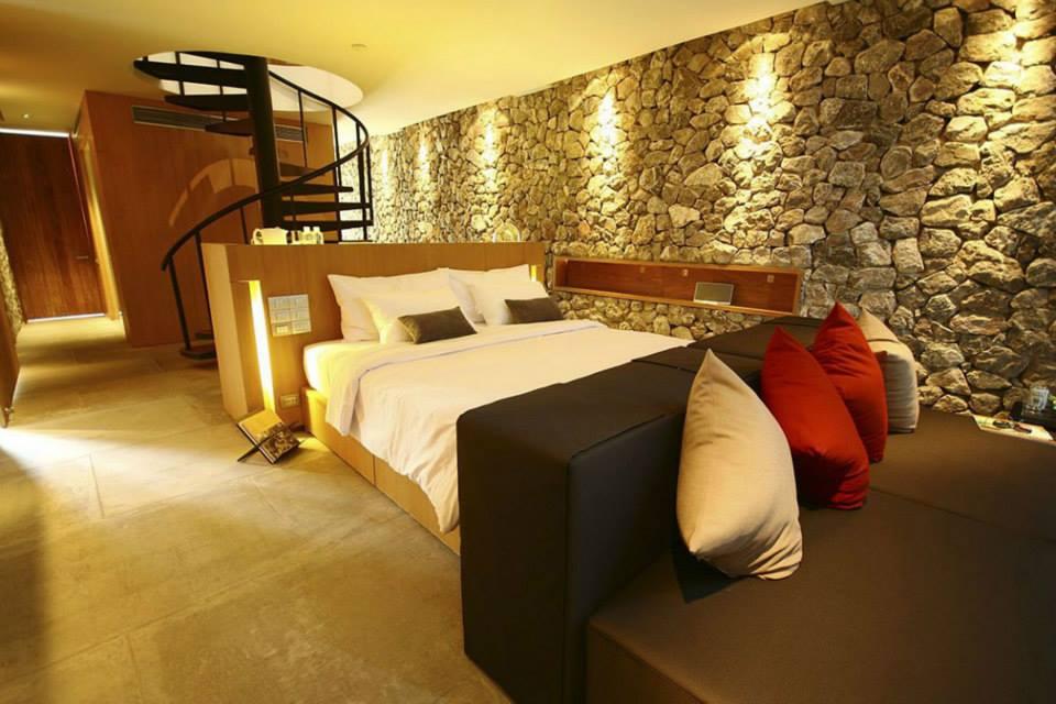 Hogar y jardin piedras para decorar el dormitorio - Paredes de piedra interiores ...