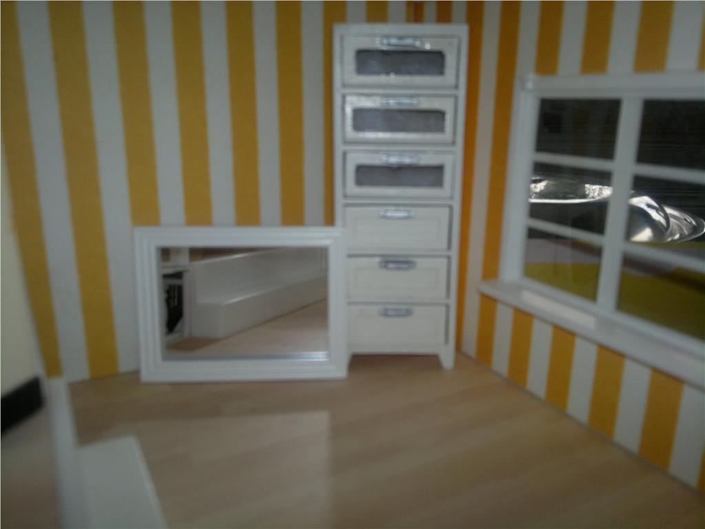 Miss CutiePie - Inspiration: Mitt dockhus - Jag har köpt ett badrum!