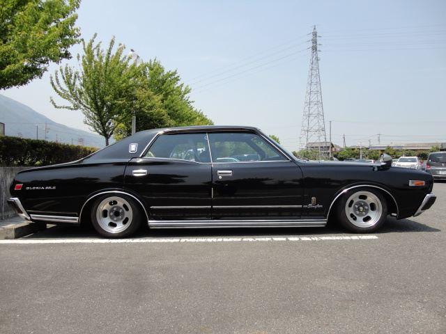 Nissan Cedric, Gloria, 330, klasyki motoryzacji, dawne auta, japoński samochód, galeria, zdjęcia, jdm