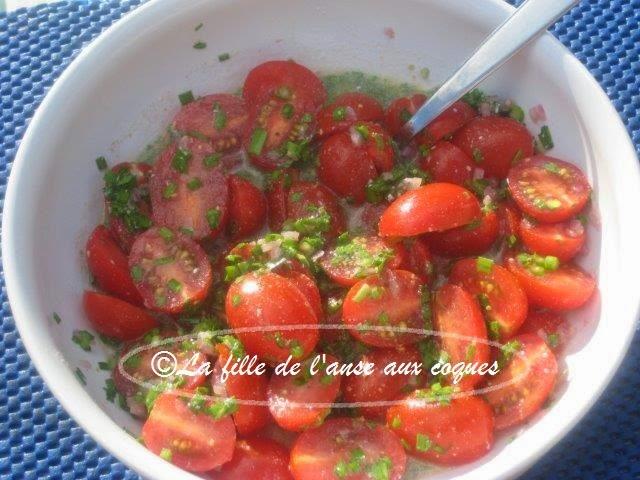 la fille de l 39 anse aux coques salade de tomates cerises 3. Black Bedroom Furniture Sets. Home Design Ideas