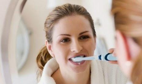 6 Kesalahan Yang Sering Dilakukan Saat Menyikat Gigi