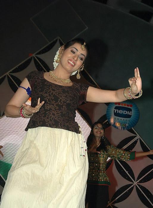 Archana Veda sizzling